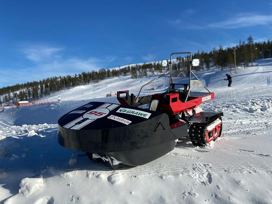 Das Startup aus Tirol, Bobsla GmbH, entwickelt Elektrofahrzeuge für Rennen auf Schnee.