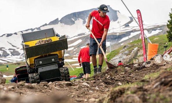 Laax Nagens Trail: der weltweit erste, mit 100% E-Energie erbaute Mountainbike Trail