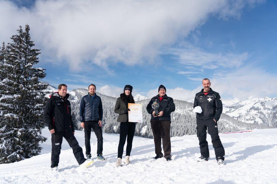 Gstaad: Grandseigneur der Seilbahnbranche, Heinz Brand erhält Skiareatest-Award für sein Lebenswerk