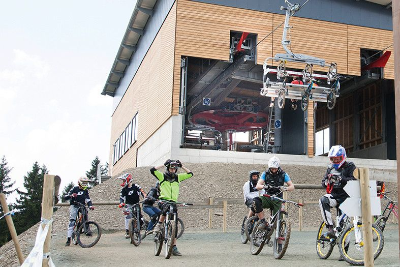 Doppelmayr: Sesselbahn Anbausatz für den Fahrradtransport