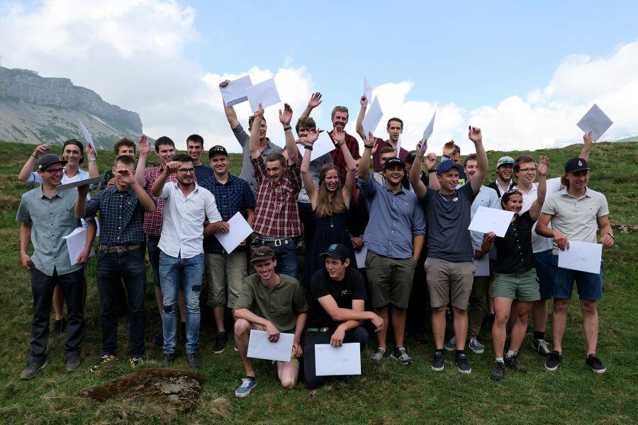 Seilbahnlehren: 32 neue Schweizer Berufsleute