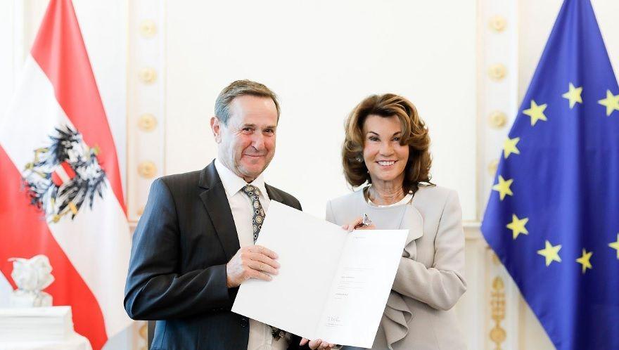 Bergbahn Söll: Kommerzialrat Walter Eisenmann