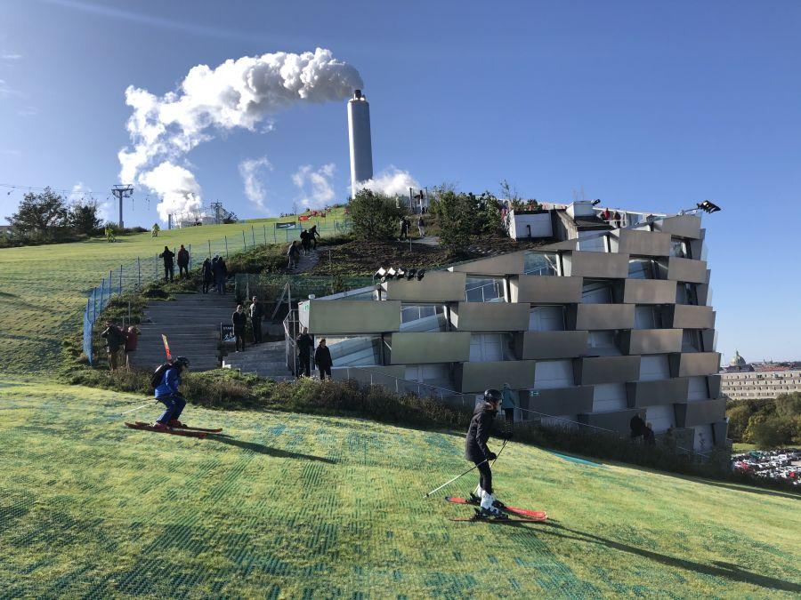 Copenhill / Saalbach: Müllverbrennungsanlage als Skipiste