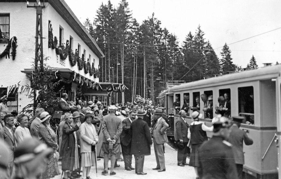 Doppelt Grund zum Feiern auf der Zugspitze: 90 Jahre Zahnradbahn & 200 Jahre Erstbesteigung